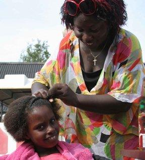 afro hår frisør